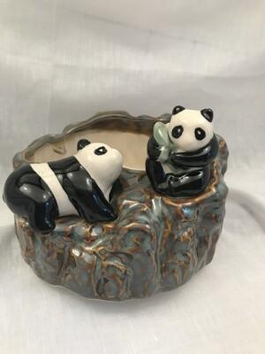 Retro panda planter