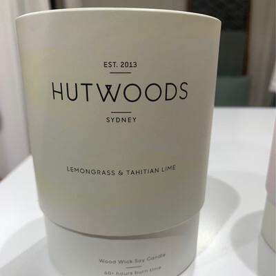 Hutwoods Candle - Nectarine & Mint