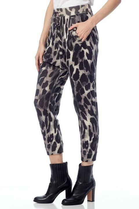 360 Sweater Clarissa Leopard Print Pants
