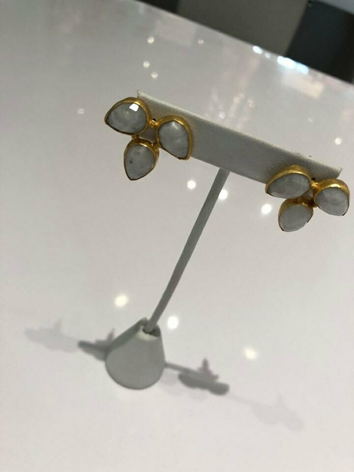 Jackie Z Gold Earrings With Grey Stones