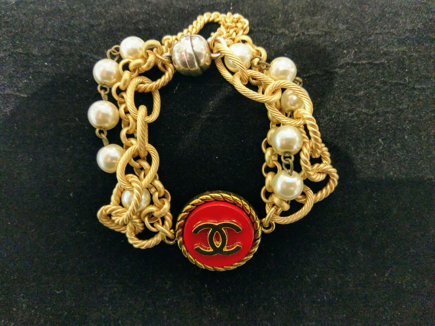 Vintage Chanel  Button Bracelet With Multi-Strands And Red Button