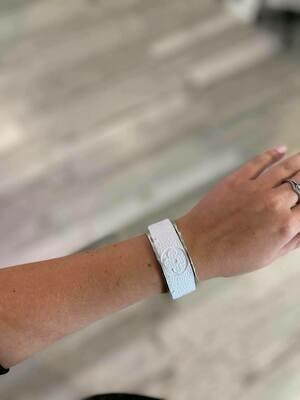 Designer LV White Silver Small Cuff Bracelet