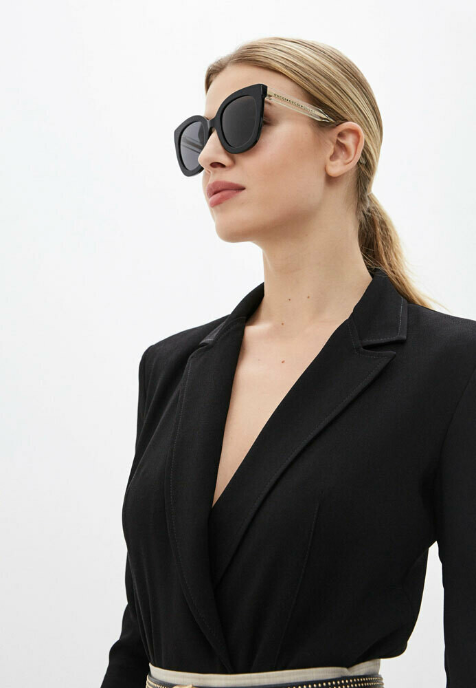 Gucci Sunglass Woman Acetate In Black And Gold With Black Lenses