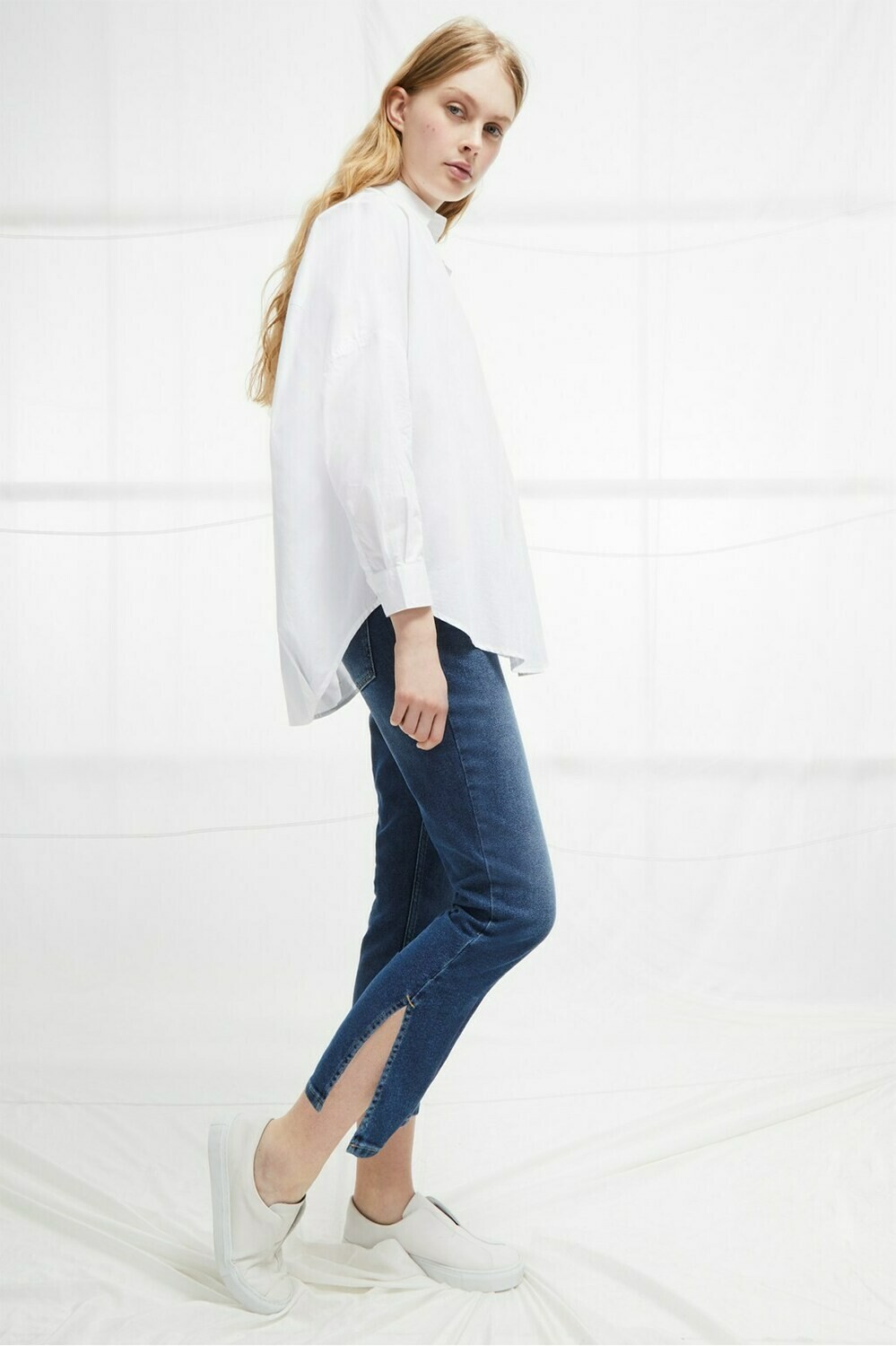 French Connection Rhodes Poplin Relaxed Fit Shirt in Linen White