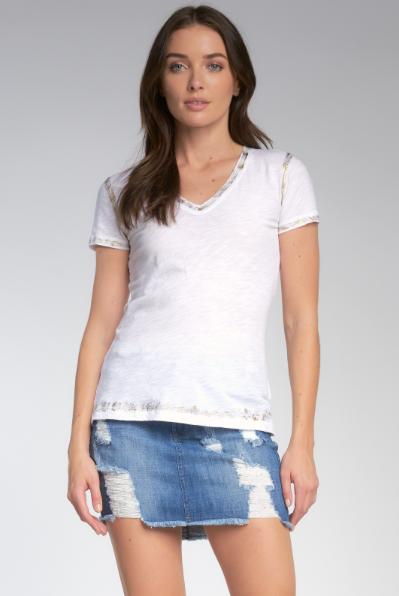 Elan V Neck Tee Shirt With Gold Lurex Detailing in White