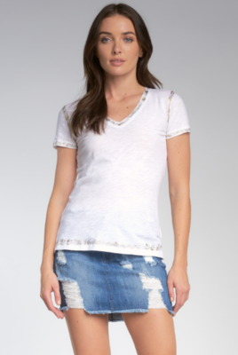 Elan V Neck Tee Shirt With Gold Lurex Detailing in White