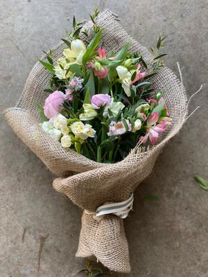 Spring British Burlap Wrap