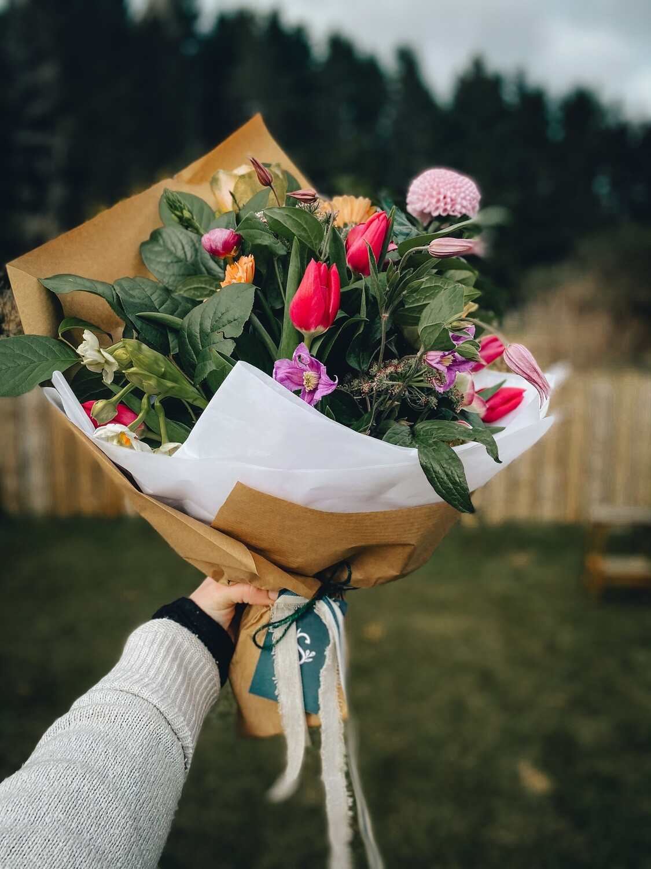 Medium Gift Bouquet