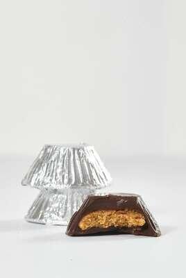 Chcocolates rellenos de mani y panela orgánica x60 unds