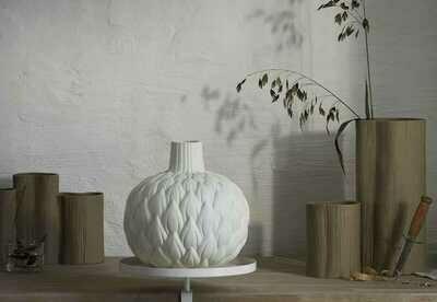 Vase relief  pétales ASTRID col ecru