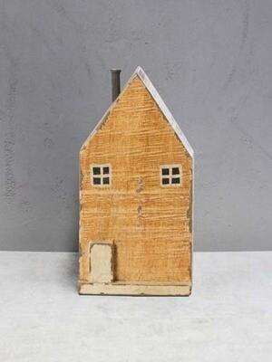 Maison danoise en bois jaune