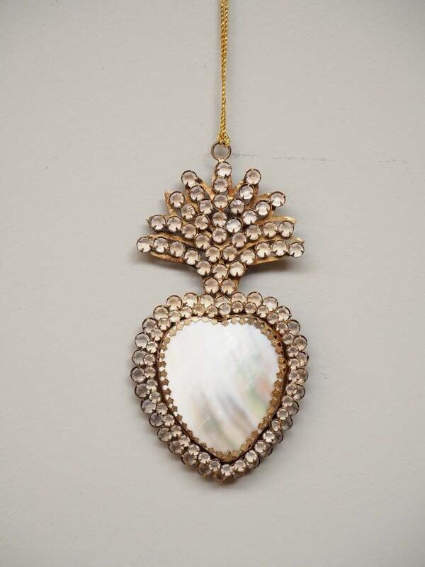 EX VOTO Coeur Sacré nacré avec strass