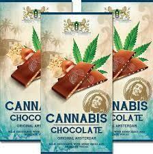 Chocolat cannabis au lait aux graines de chanvre et aux noisettes