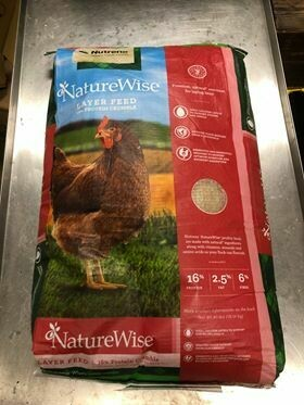 Naturewise Layer Crumble - Nutrena, 40 lb.