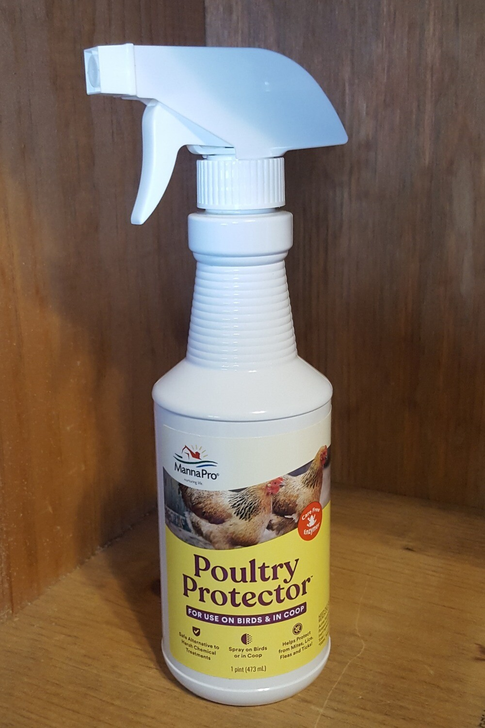 Manna Pro Poultry Protector Insect Spray, 16 oz.