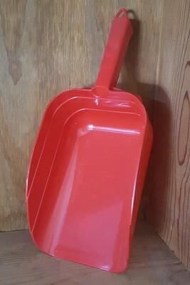 5 Pint Plastic Feed Scoop