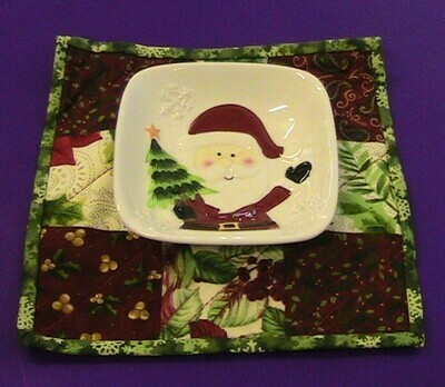 Christmas themed ceramic snack bowl with hand-made place mat