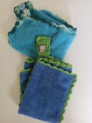 Blue Crochet Trimmed Face Washers