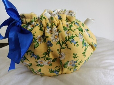 Yellow Tea Cosy with Tea Pot (ref 108)