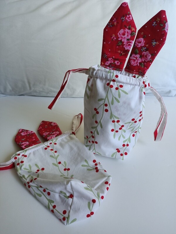 Easter Pouch - White with Red Berries, drawstring, suitable to fit large Easter egg (ref # 166)