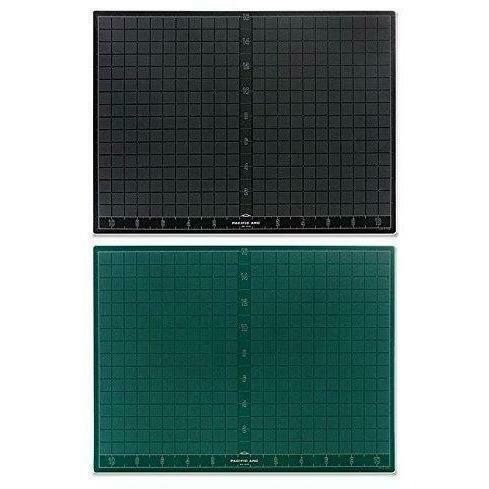 "Cutting Mat 18"" x 24"" Green/Black"