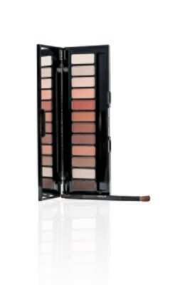 Compact Eyeshadow Palette - Must PAL17