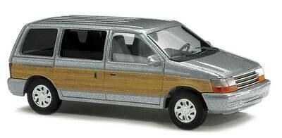 Busch 1990 Plymouth Voyageur - Silver / Woody