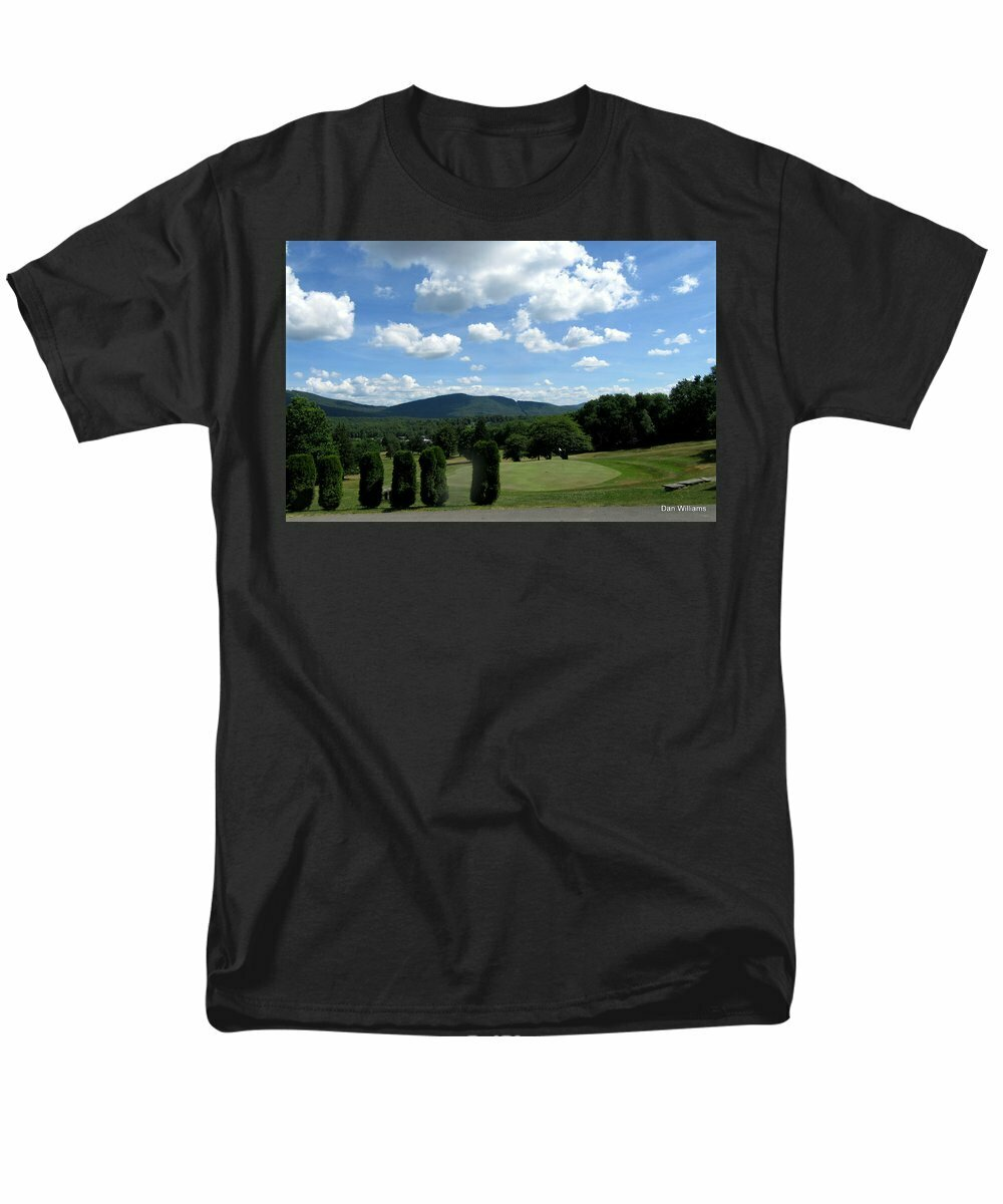 Stamford Golf 18th Green  - Men's T-Shirt  (Regular Fit)