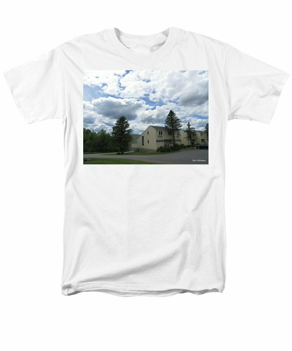 Roxbury Run Village - Men's T-Shirt  (Regular Fit)