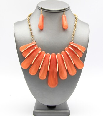 Spring Collection Marble Resin Necklace Set