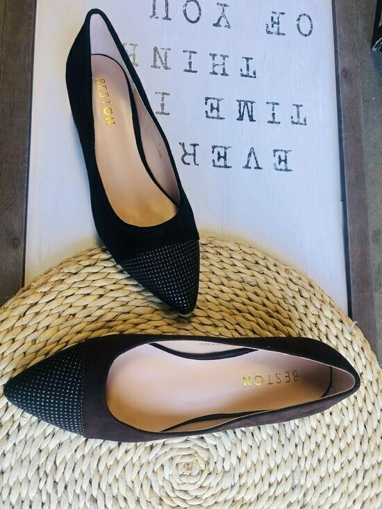 Pointed Toe Dress Pumps
