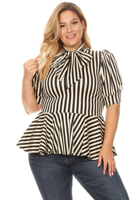 Striped print, top with a necktie, puff sleeves, and ruffle trim 4X5X6X
