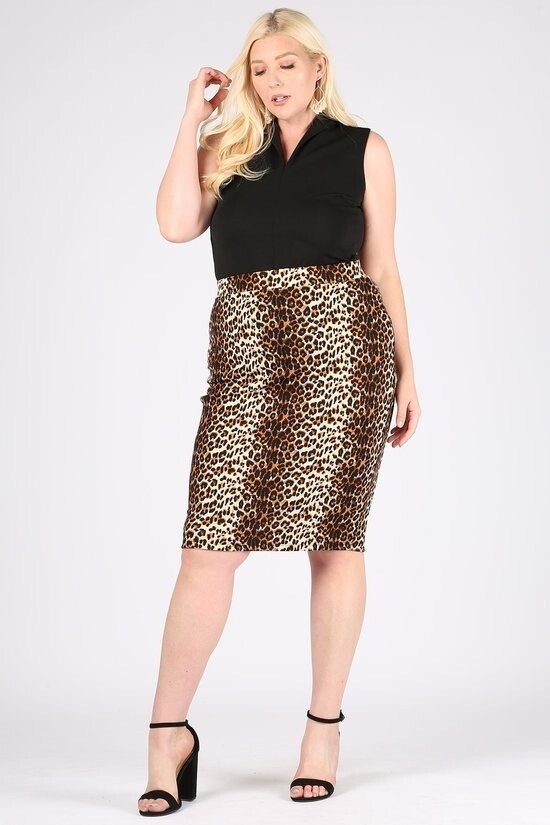 Cute Leopard High  rise, fitted below the knee skirt with an elastic waistband pencil skirt.