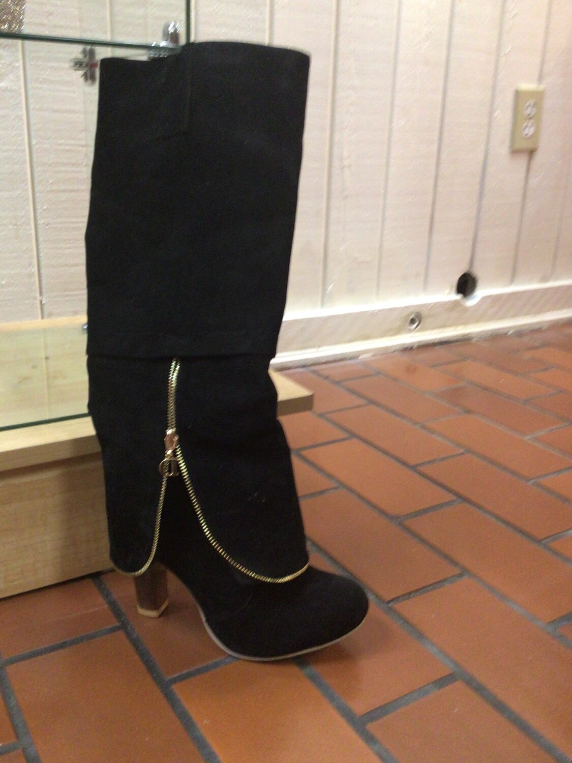 False Suede Fashion Boot with Zipper