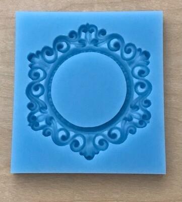 Medallion mold