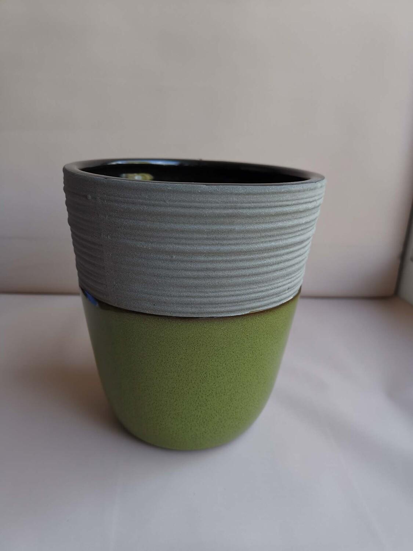 Ваза керамическая зелёная 12*12*12,8