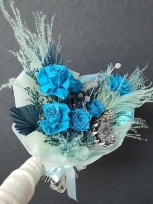 Букет Голубая Мечта из стабилизированных цветов