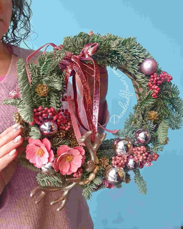 Венок рождественский с натуральной елкой