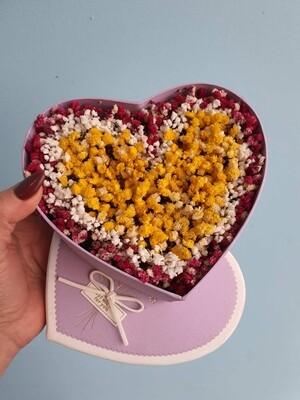 Комплимент из стабилизированной гипсофилы в сердце