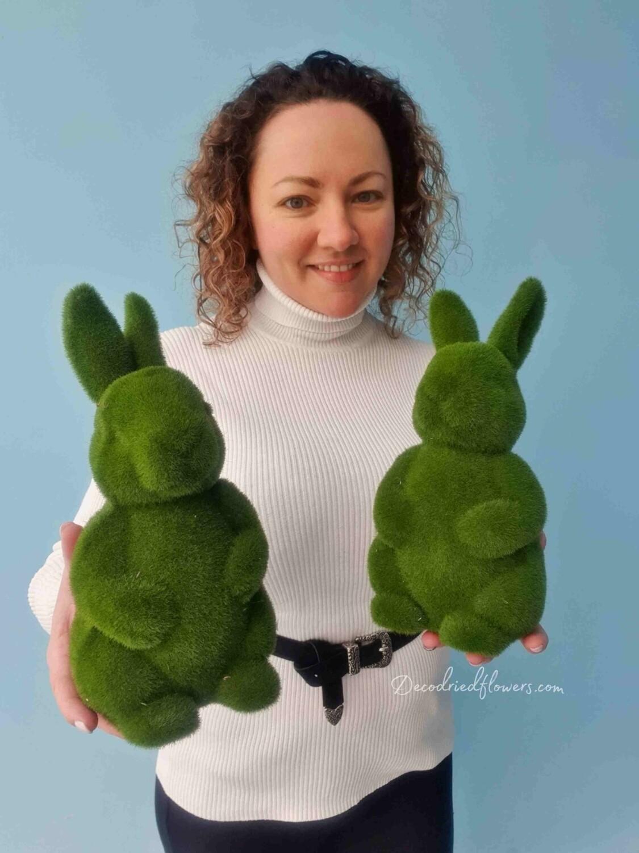 Фигурка Кролик из искусственной травы