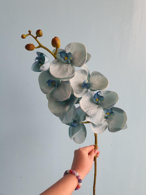 Орхидея голубая фалинопсис искусственная