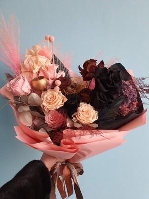 Букет Шикарных Роз неувядающий