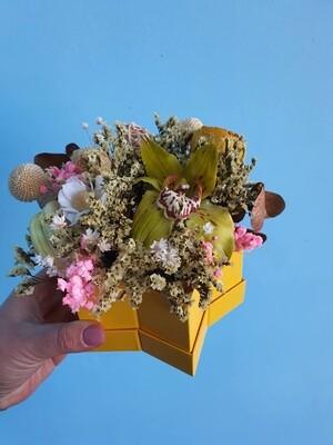 Композиция Орхидея в коробочке