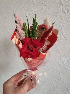 Bouquet Compliment with papaver