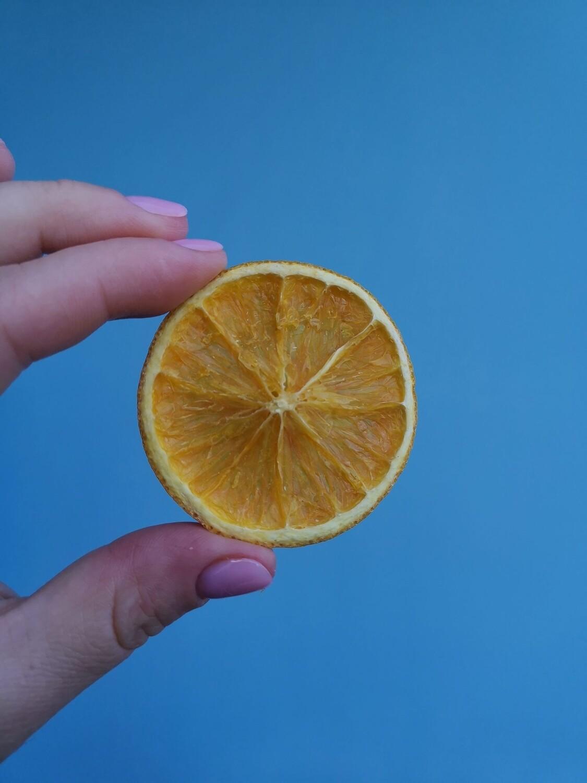 Orange in slices dried