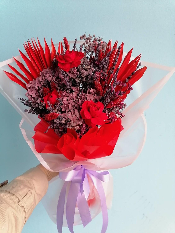 Bouquet Firebird of stabilized flowers