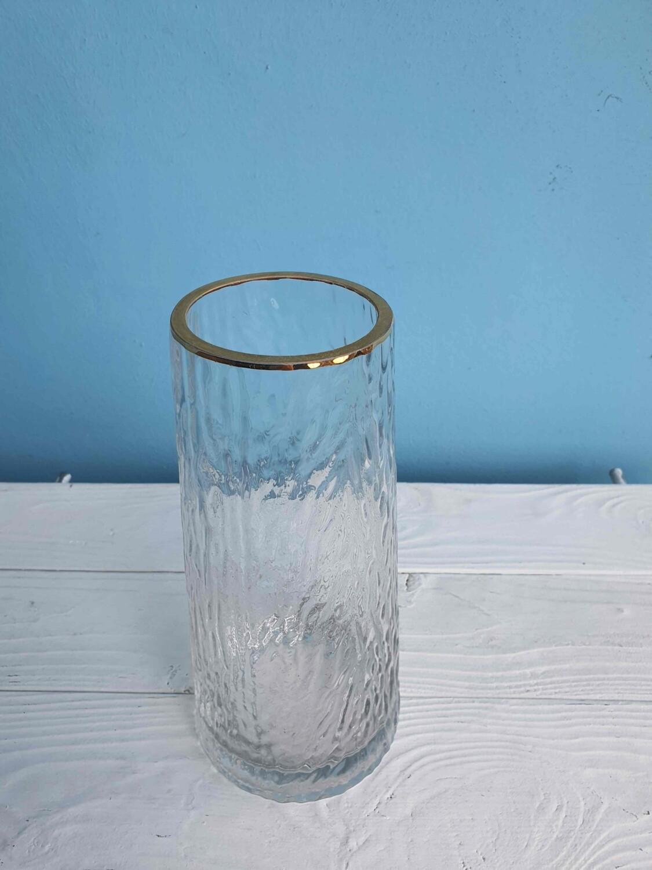Ваза стекло с золотой каймой высота 23см ширина горла 8см