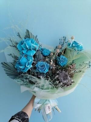 Bouquet Blue Dream of stabilized flowers