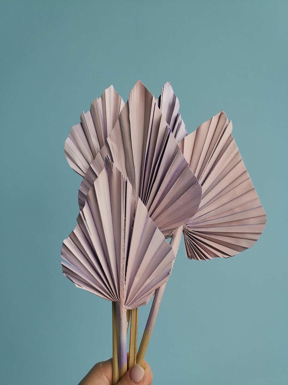 Листья пальмы копья сиренево-розовые 5шт