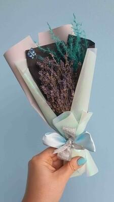 Bouquet Lavender compliment blue